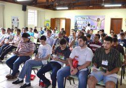 Seminaristas participam de Congresso Missionário no Paraná