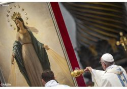 Maria permanece aberta ao plano salvífico de Deus