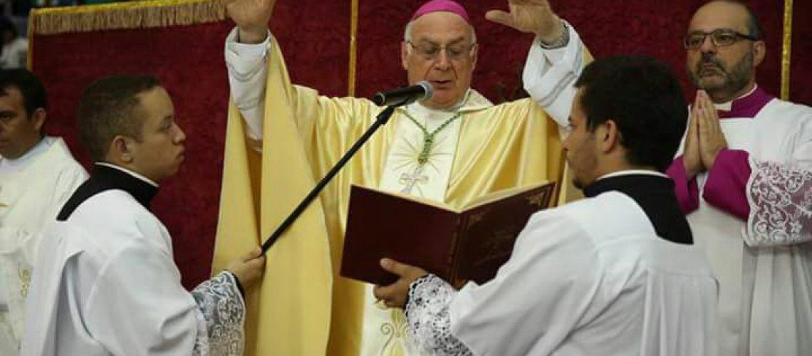 Diácono e seminaristas de Jundiaí são enviados em missão