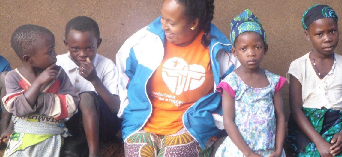 Leiga missionária, Daniela Gamarra, fala sobre a missão em Moçambique