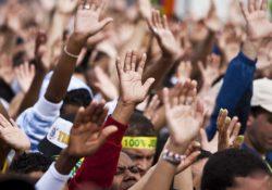 No Brasil são criadas 25 organizações religiosas por dia