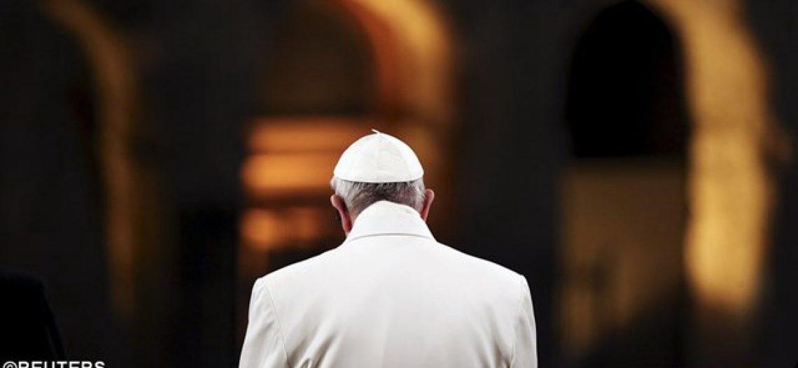 Papa na Via-Sacra: vergonha pelo sangue inocente
