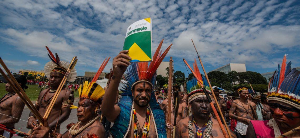 Apib divulga nota contra militarização da Funai e golpes nos direitos indígenas