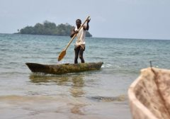 """Guiné Equatorial: """"a missão se faz com o testemunho"""", diz cardeal Filoni"""