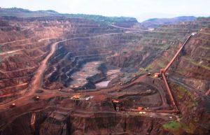 A mineração na Amazônia e o falso brilho da festa