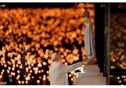 Bênção das velas ilumina a noite de Fátima