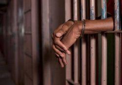 Sistema carcerário: prisões desumanizam pobres e negros
