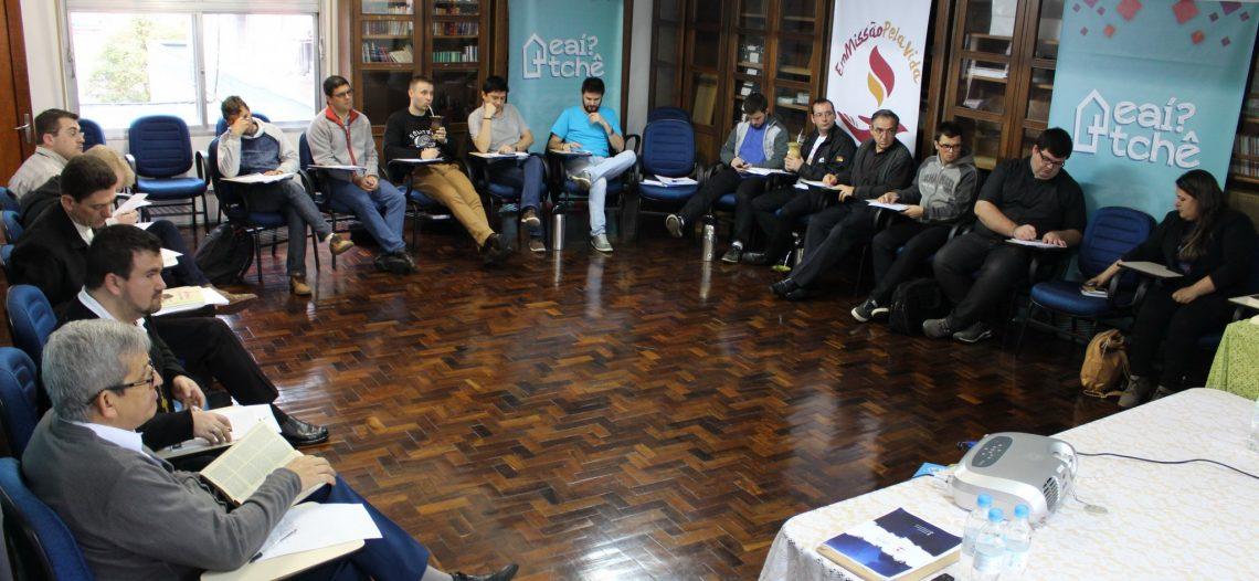 Assessores da juventude se reúnem em Porto Alegre