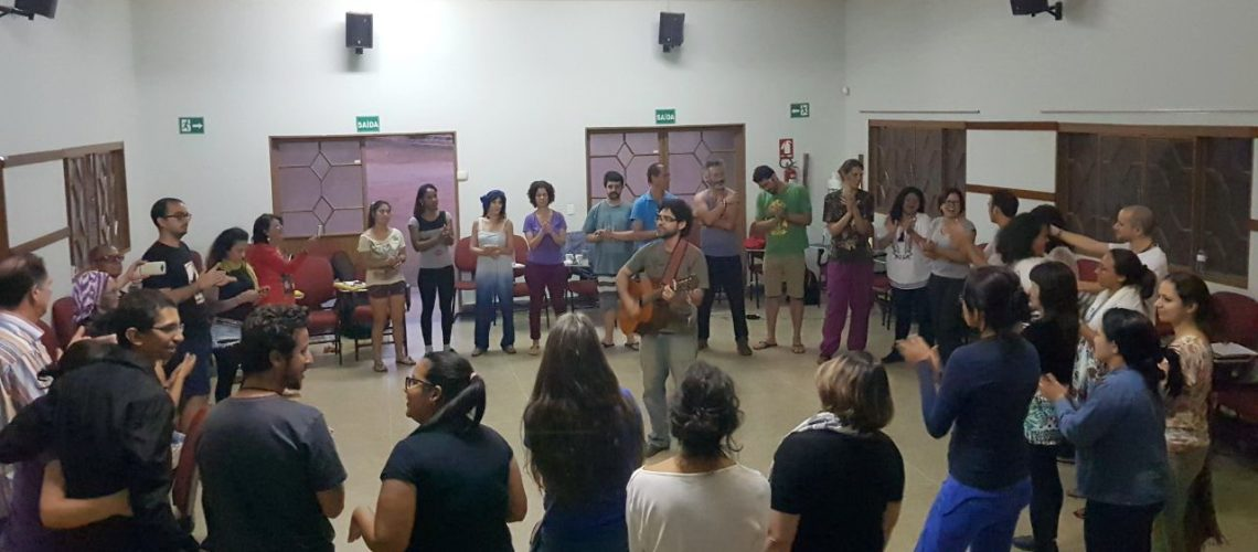 Juventude Missionária estuda história e culturas indígenas