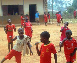 Apoyo-a-Centros-Escolares-Escuelas-Bamenda-Camerún