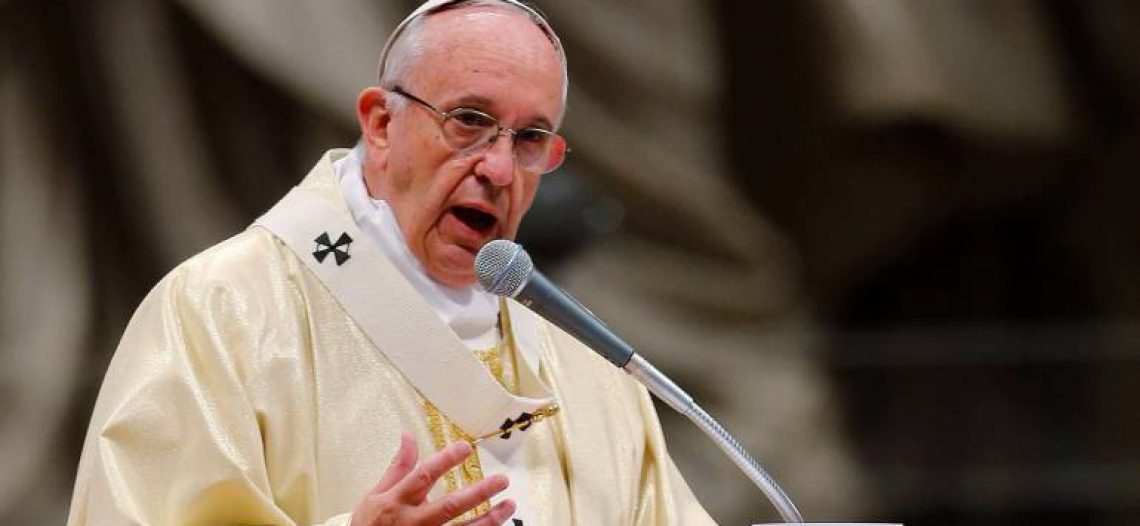 """Papa Francisco: """"Cobiça pelo poder e corrupção distorcem as vocações da Igreja"""""""