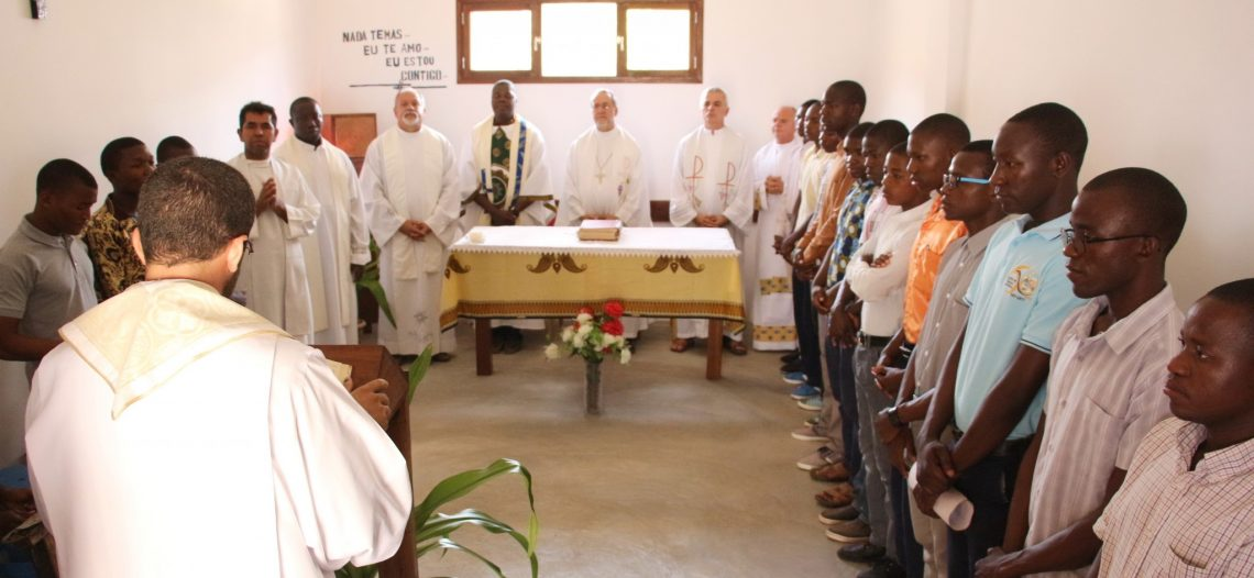 Em Moçambique, dom Esmeraldo e padre Maurício visitam diocese de Pemba