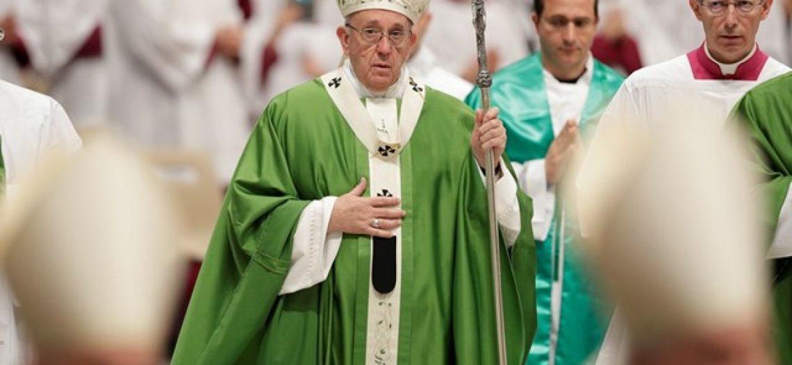 """""""Omissão e indiferença, o grande pecado contra os pobres"""", diz Francisco"""