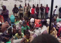 Líbia: 700 mil migrantes nos campos de refugiados