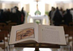 Papa pede oração corajosa e perseverante