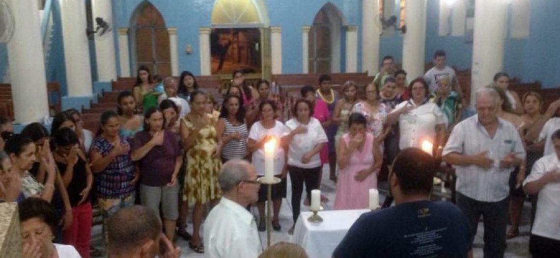 """""""A Igreja veio à nossa casa"""": experiência de missão em Comercinho (MG)"""
