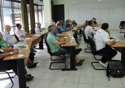 Diáconos participam de formação missionária