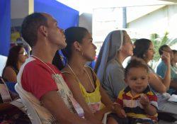 Encontro para implantação de novos grupos de Famílias Missionárias