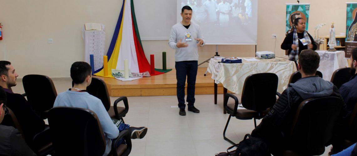 Seminaristas gaúchos realizam formação missionária