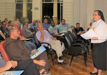 Identidade e Missão na Igreja é tema do encontro de religiosos presbíteros