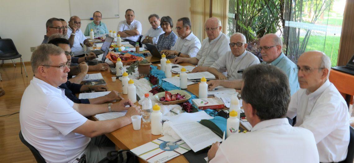 Bispos referenciais da missão reunidos em Brasília