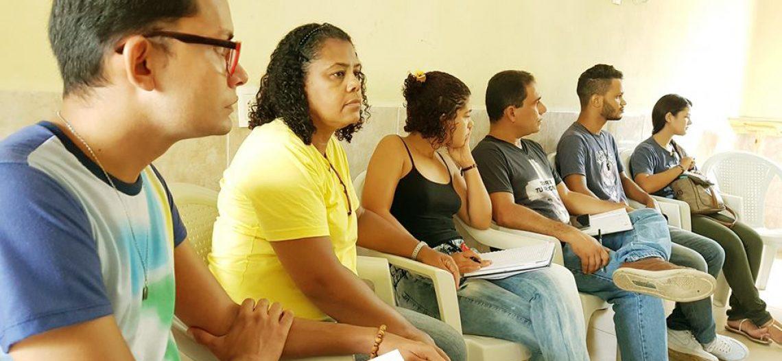 Assessores da JM debatem os desafios da missão jovem