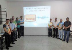 Seminaristas participam de formação em rádio