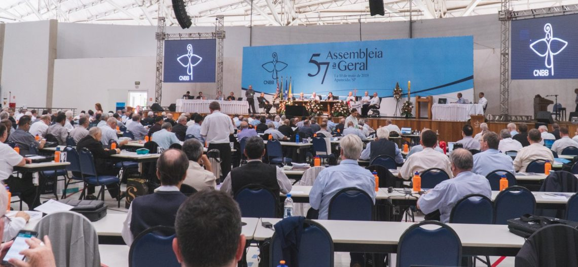 """Bispos emitem """"Mensagem da CNBB ao povo brasileiro"""""""