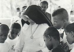 Igreja no Brasil celebra a canonização de Irmã Dulce