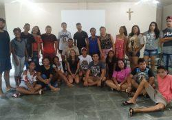 Juventude Missionária de Candeias do Jamari (RO) realiza acampamento com jovens