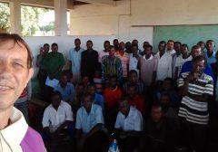 Pe. Luiz Weber celebra dois meses em Moçambique