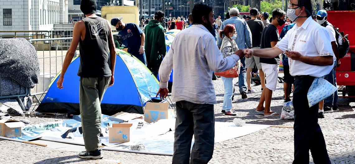 População negra que vive em situação de rua é a maior vítima do abuso de autoridade