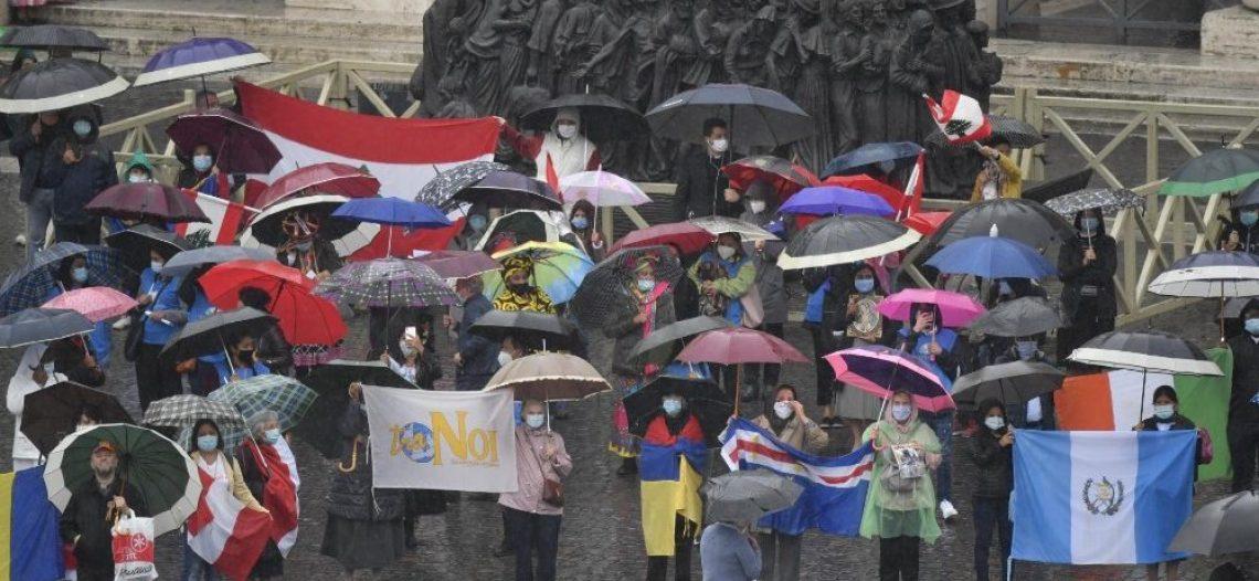 Dia Mundial do Migrante: os deslocados no próprio país estão no coração do Papa